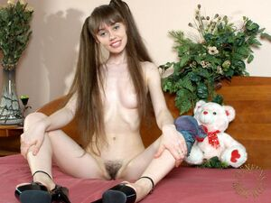 extremely hairy teen pussy